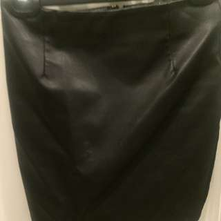 Bardot Leather Fitted Skirt Size 6-8