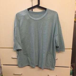 藍色寬鬆上衣