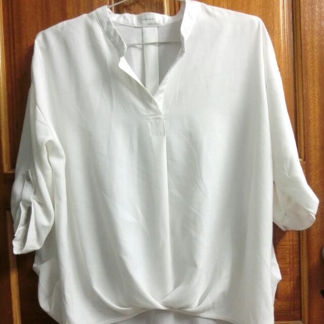 雪坊白襯衫