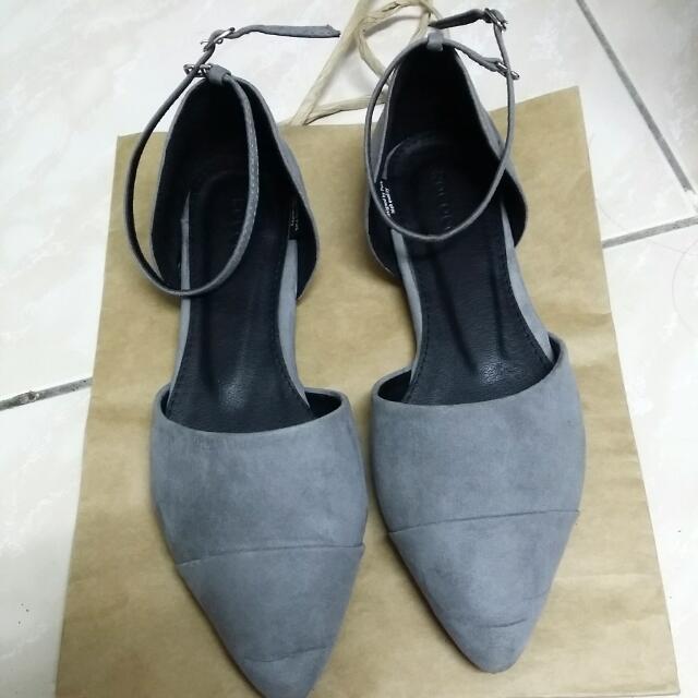 【正韓】灰色麂皮尖頭鞋