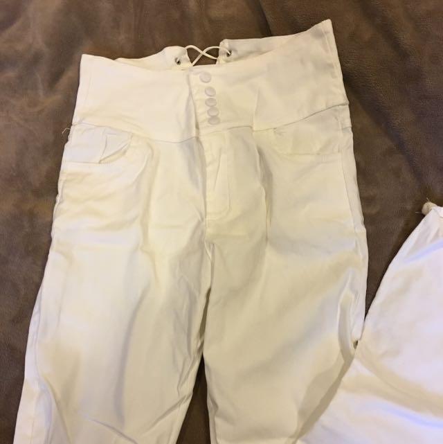 贈送高腰白褲