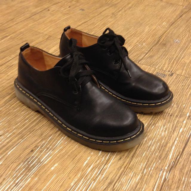綁帶馬丁鞋 休閒鞋 黑