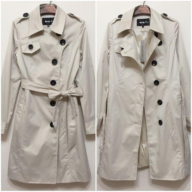 英國風 俐落綁帶長風衣外套 大衣 米白色