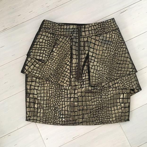 Black & Gold Metallic Asymmetric Skirt BNWT