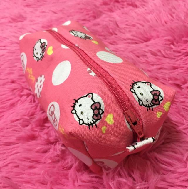 Kitty 化妝包