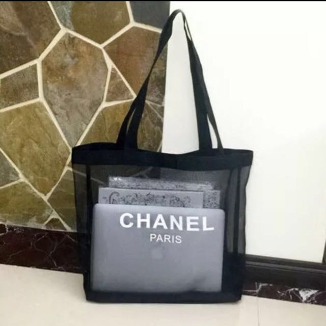 6d0cc965604a28 Lovely 2016 Chanel Makeup Mesh Tote Bag, Luxury on Carousell