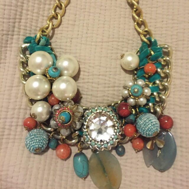 Peep toe necklace