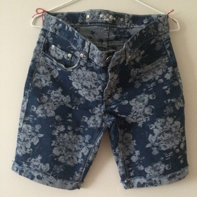 River Stretch Floral Denim Mid Short