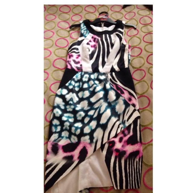 Seduce Dress Size Small