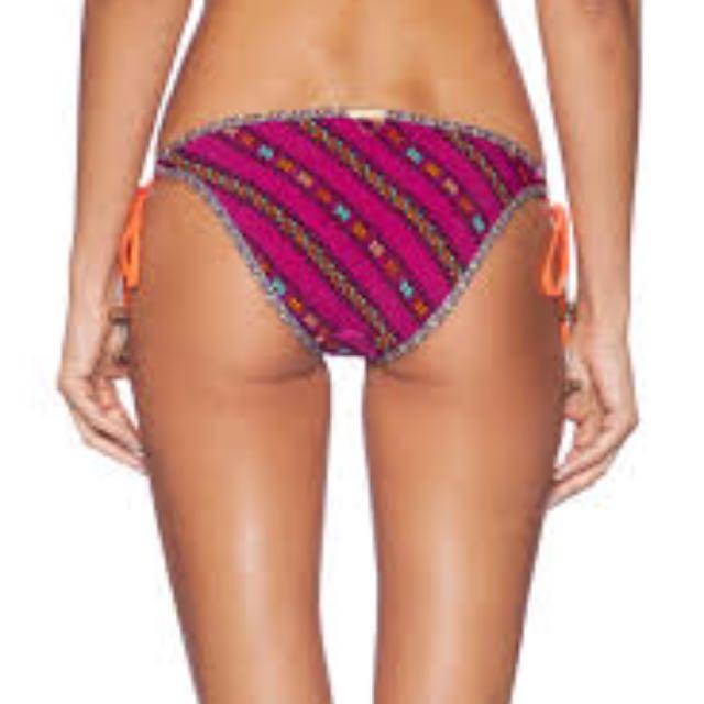 Tigerlily Es Cavellet Bikini Top Size 6 Bottoms Size 8