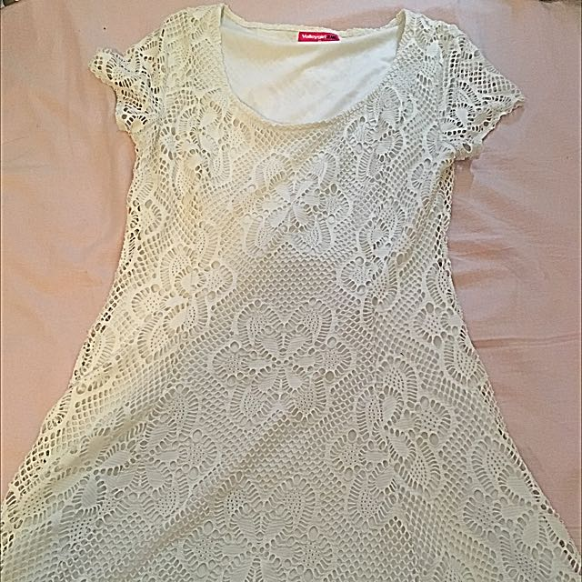 White Dress 🌹 Size 10