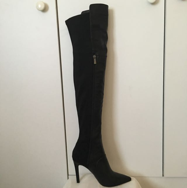 2218d4ef58e Zu Over The Knee Boots Size 5
