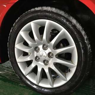 三菱原廠17吋框+Goodyear固特異215/50/17 EFG胎