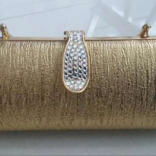 (Never use before) Gold Clutch