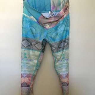 Teeki Yoga Pants Size X-Small