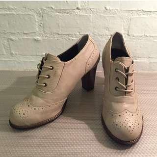 韓國 牛津鞋 跟鞋36號