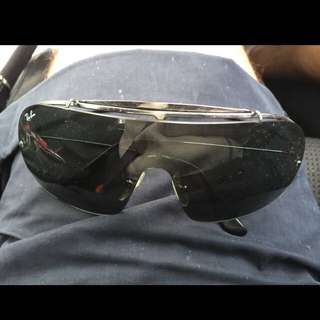Ray ban sunglasses for SALE!!!