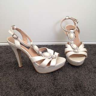 Forever New Cream Formal Heels Shoes