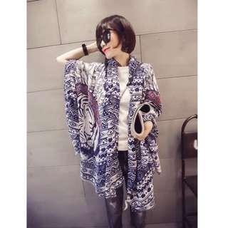 ☆Aly Look☆(兩色現貨/四季適用)專櫃款印第安羽毛老虎頭超柔軟莫代爾棉圍巾民族風幾何 造型披肩絲巾圍巾