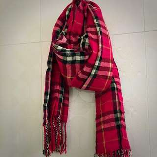🙀 PRICE DROPPED! Burberry Inspired Scarf