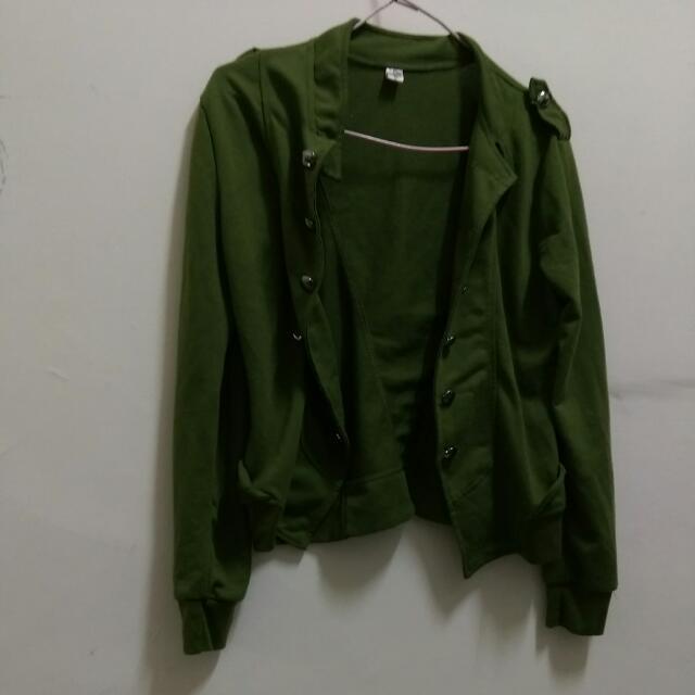 【含運】春天軍綠色輕薄外套