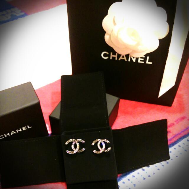 全新義大利購入💖大Chanel方鑽耳環(銀色)