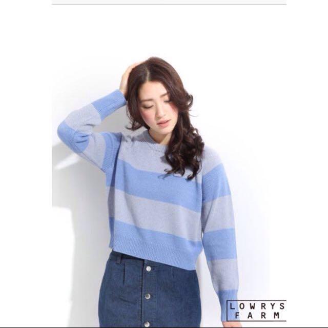 💓降價💓Lowrys Farm寬條紋勾織短板長袖針織上衣 毛衣粉藍條紋