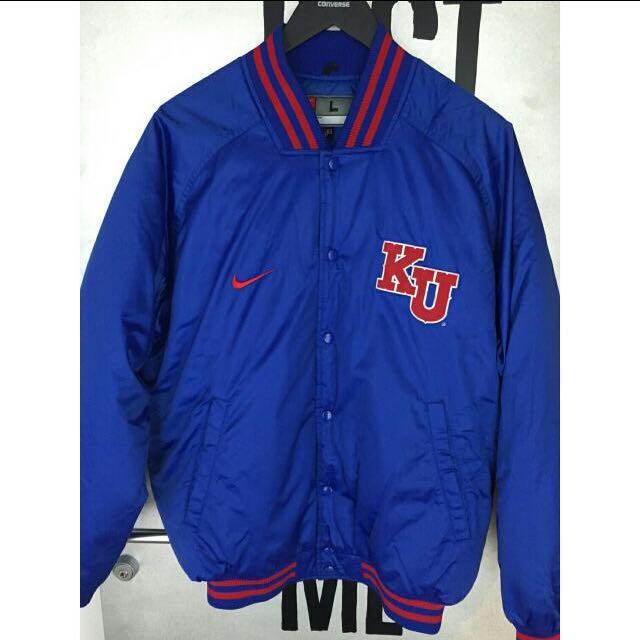 Nike 籃球訓練隊厚暖外套