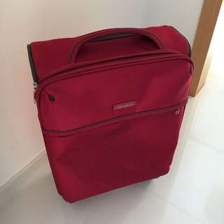 Samsonite Thu Spinner 55/2 - Burgundy red color - (Cabin Size Luggage)
