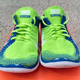 Nike flyknit free 4.0