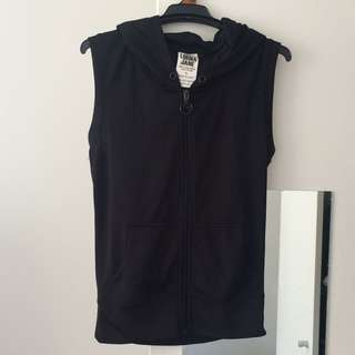 Lorna Jane Sleeveless Zip Up Hoodies - Size Small