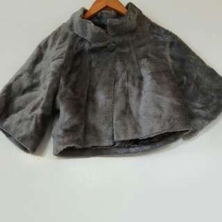 Faux Fur Crop Cape S/8