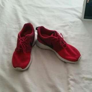 Nike Roshe Pink