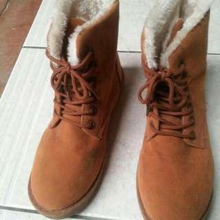 刷毛保暖靴子