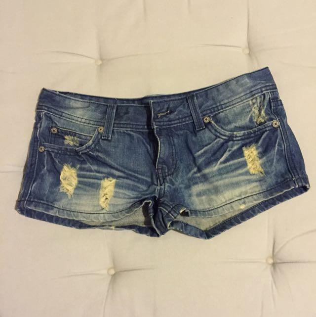 夏季必備*刷破牛仔短褲