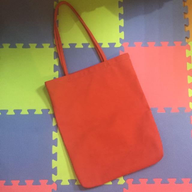 全紅側背長版包包