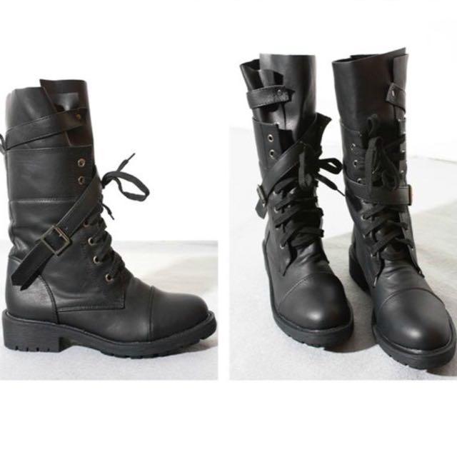 正韓 黑色個性交叉釦環設計顯瘦綁帶中筒軍靴