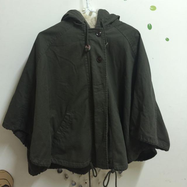 軍綠色 斗篷式 鋪毛外套