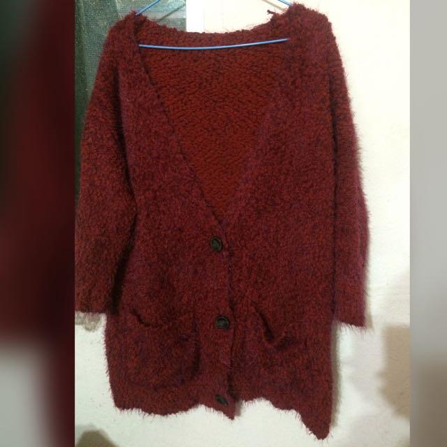 Alley款暗紅色毛海針織外套