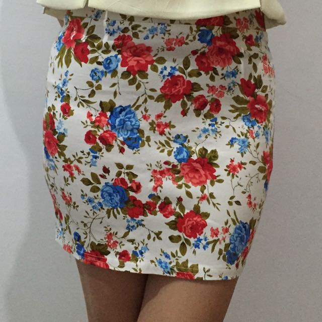 Bodycon Flower Skirt
