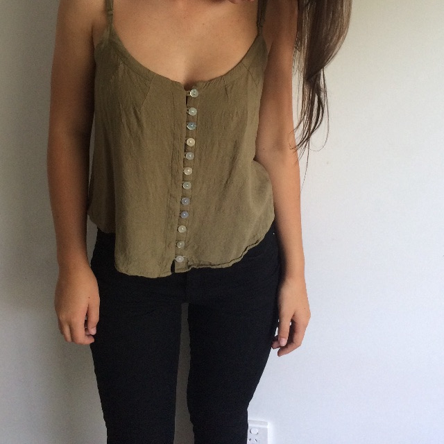 Crop khaki top