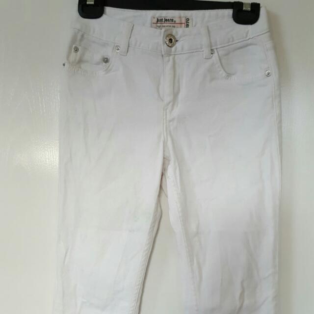 HI Rise Slim Leg Jeans Size 6