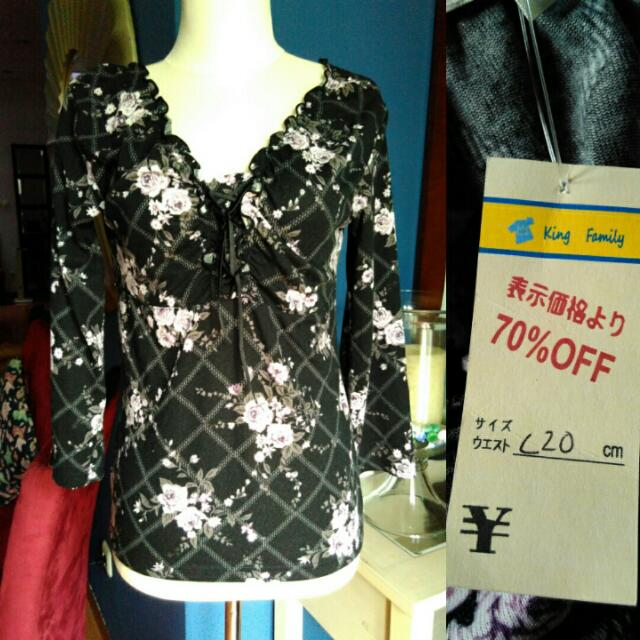 ON CLEARANCE SALE Black flower Blouse