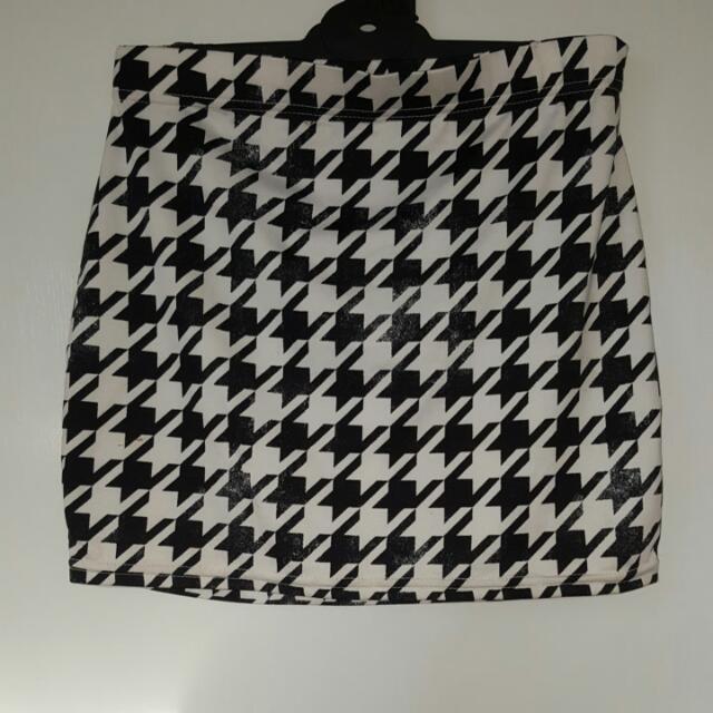 Pattern Mini Pencil Skirt XS