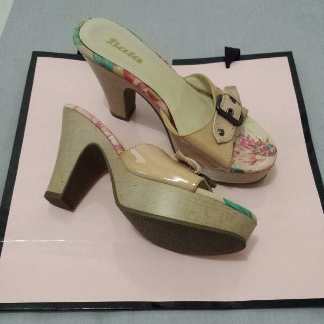 PL Bata Floral design heels