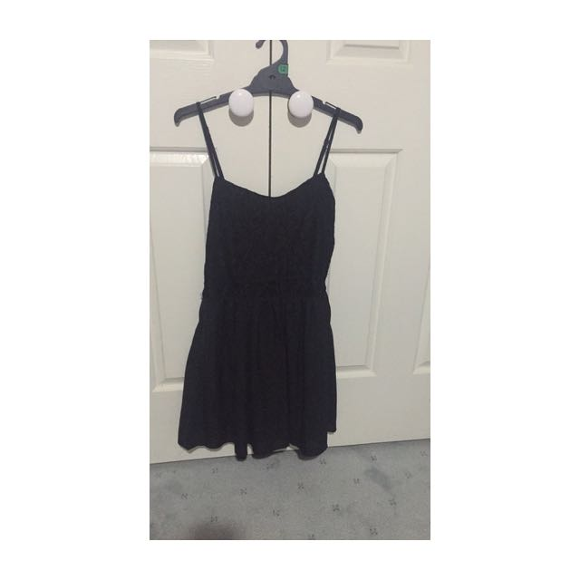 size 10 valleygirl black lace dress