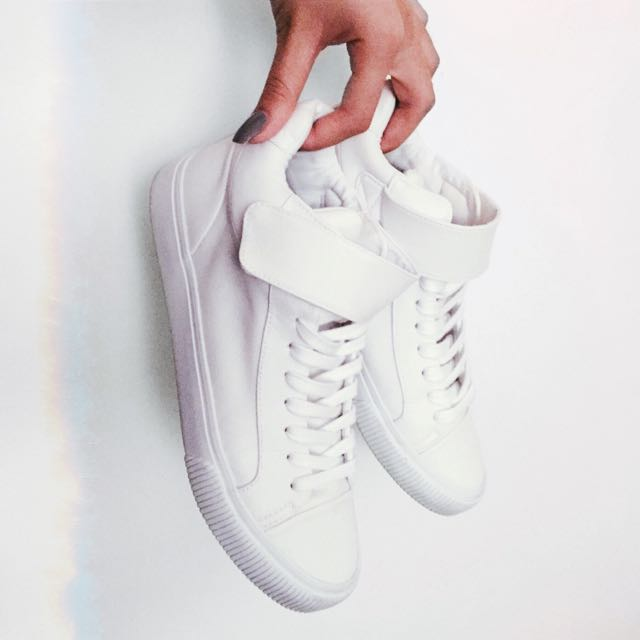 Sportsgirl White Sneakers