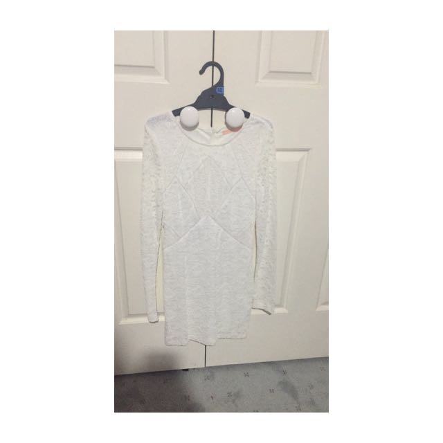 white peppermayo long sleeve lace dress size 10