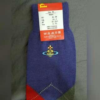 Vivienne 全新英國版老品女性紫色小腿襪,及膝襪,蘇格蘭格紋