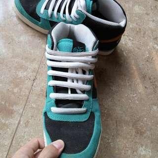 Sepatu Nike Mid 6.0 (100% Original)